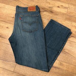 Levi's 514 Men's Light Wash Jeans in Size 36/30
